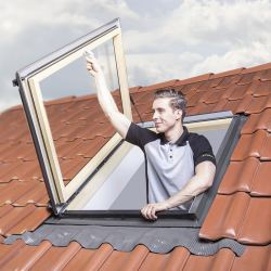 Okno dachowe Fakro FTS U2 114x140