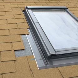 Okno dachowe Fakro FTP-V U3 66x98