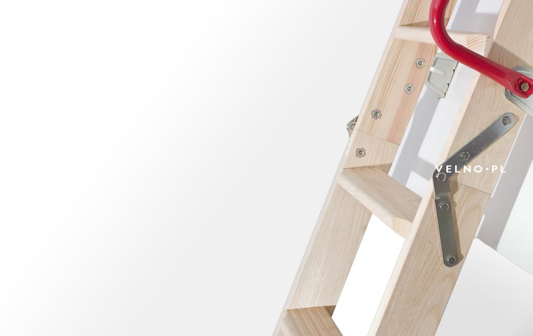 Drewniana konstrukcja schodów Fakro
